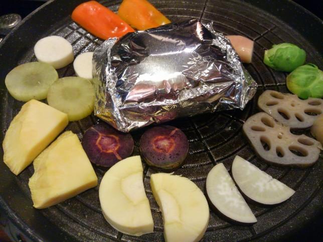 こだわり野菜とお肉をオリジナルの塩と白ポン酢で