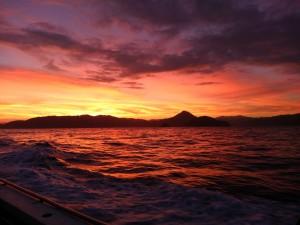 日ノ岬沖の朝焼け