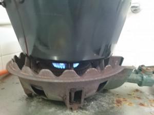 ダッチオーブン シーズニング