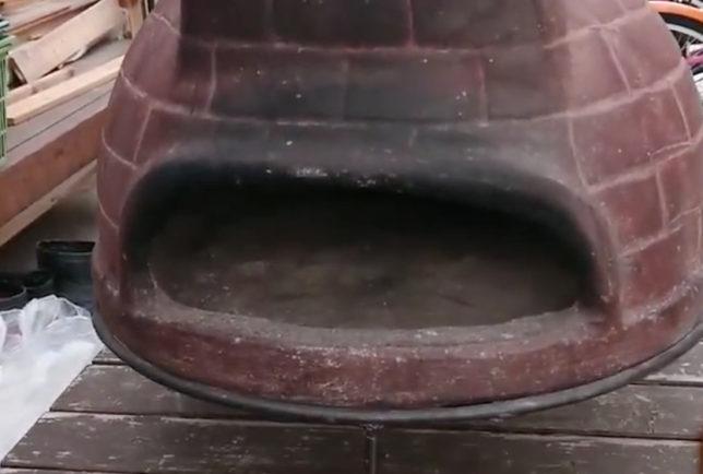 チムニーのピザ窯