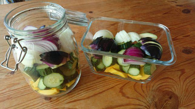 ピクルスに漬ける野菜