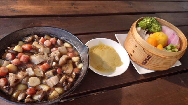 アヒージョと温野菜とバーニャカウダ